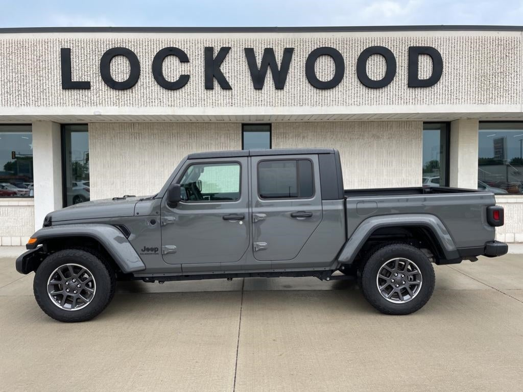 Used 2020 Jeep Gladiator ALTITUDE with VIN 1C6HJTAG1LL213904 for sale in Marshall, Minnesota
