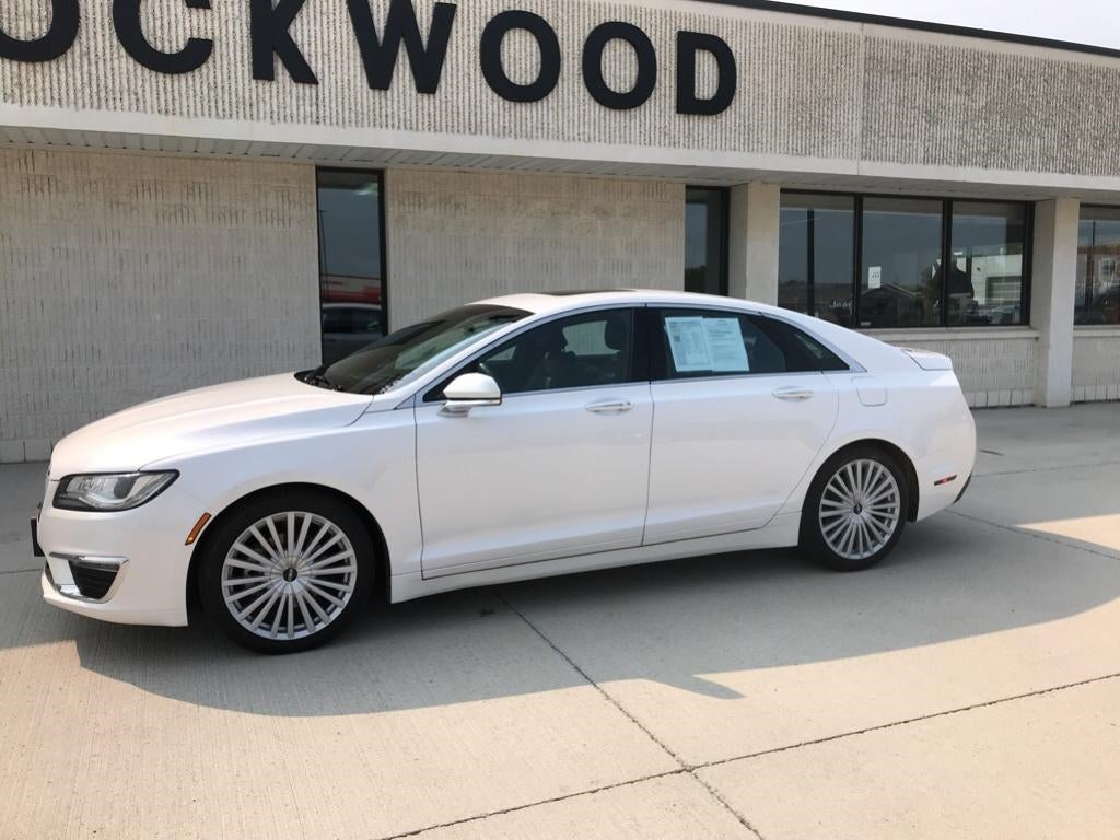 Used 2017 Lincoln MKZ Reserve with VIN 3LN6L5E94HR634831 for sale in Marshall, Minnesota